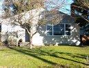 V1051660 - 2420 William Ave, North Vancouver, British Columbia, CANADA
