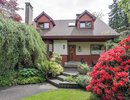 V1066374 - 1153 W 22nd Street, North Vancouver, British Columbia, CANADA