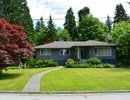 V1069095 - 561 Shannon Crescent, North Vancouver, British Columbia, CANADA