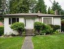V1070657 - 3865 Sunset Blvd, North Vancouver, British Columbia, CANADA