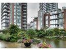 V1074122 - 806 - 688 Abbott Street, Vancouver, British Columbia, CANADA
