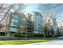 V1075406 - 102 - 500 W 10th Ave, Vancouver, British Columbia, CANADA