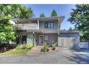 V1074739 - 3668 Edgemont Blvd, North Vancouver, British Columbia, CANADA
