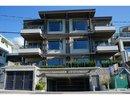 V1081744 - 202 - 2432 Haywood Ave, West Vancouver, British Columbia, CANADA