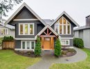 V1102847 - 415 E 11th Street, North Vancouver, British Columbia, CANADA