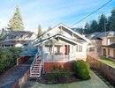 V1100043 - 1020 W 22nd Street, North Vancouver, British Columbia, CANADA