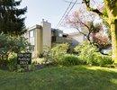 V1113518 - 1239 Plateau Drive, North Vancouver, British Columbia, CANADA