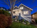 V1116281 - 3584 Dundas Street, Vancouver, British Columbia, CANADA