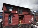V1142055 - Dfh#3 - 415 W Esplanade, North Vancouver, BC, CANADA