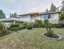 V1143395 - 112 W St. James Road, North Vancouver, BC, CANADA