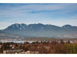 R2033066 - 3762 W 13th Avenue, Vancouver, BC - House