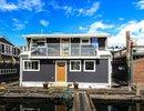 R2069605 - Dfh #3 - 415 W Esplanade, North Vancouver, BC, CANADA