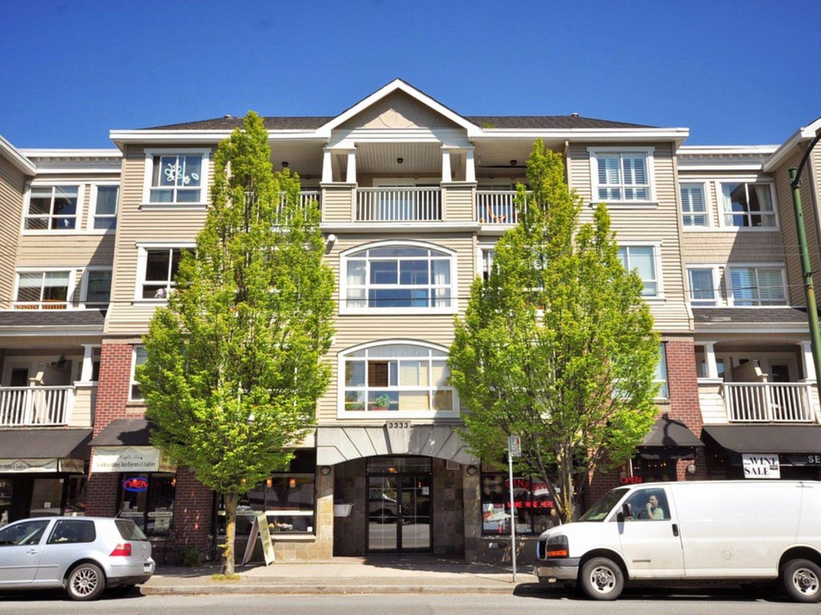 Blenheim Terrace - 3333 4th Ave