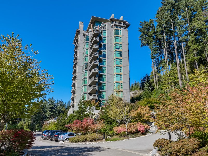 Stonecliff 3355 Cypress Place, West vancouver