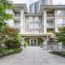 Montage - 3575 Euclid Avenue, Vancouver
