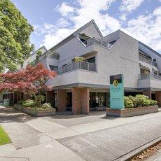 Oakwood Terrace - 5920 East Boulevard, Vancouver