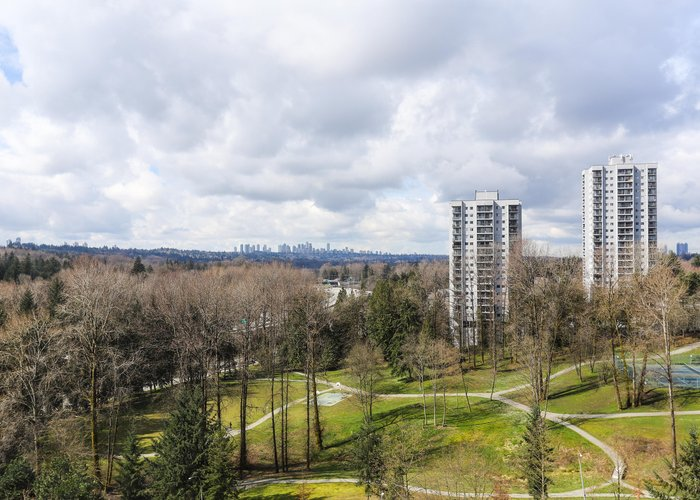 Strathmore Towers - 9603 Manchester Drive