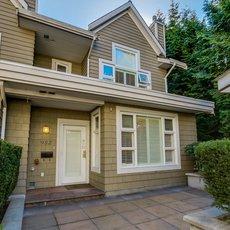 Hawthorne Villa - 988 West 54th Avenue, Vancouver