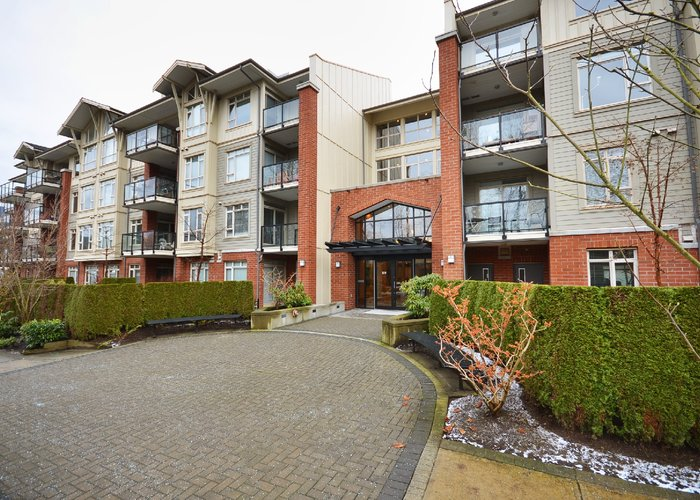 Suter Brook - 100 Capilano Road