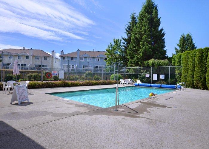 Tudor Park - 13918 72 Avenue